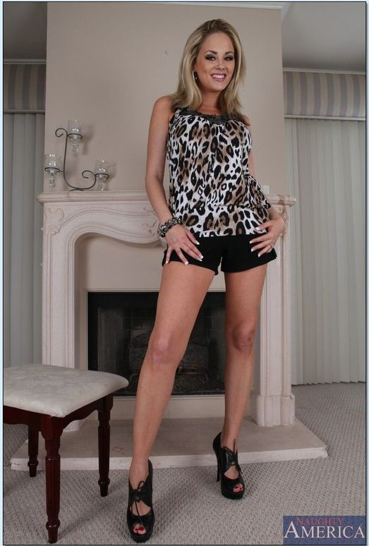 Katie Kox - Housewife 1 on 1