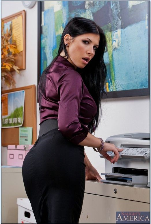 Rebeca Linares - Naughty Office