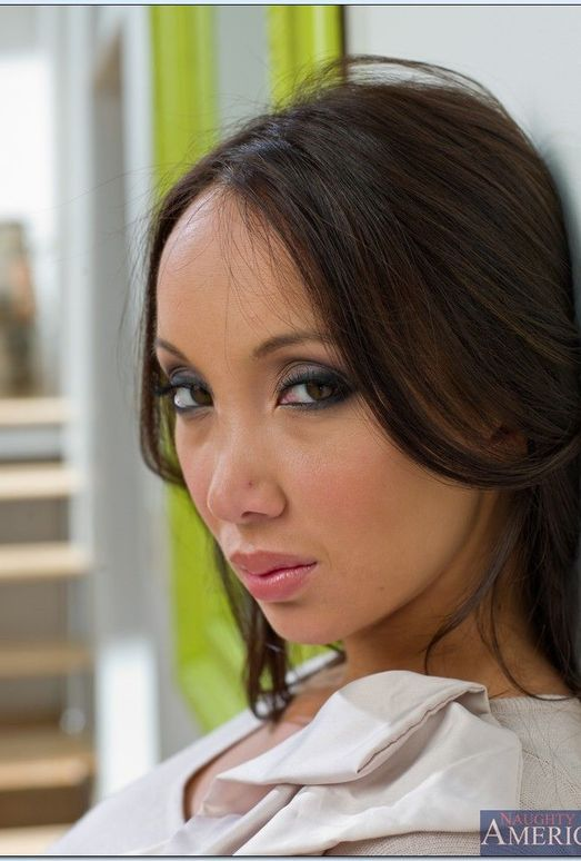 Katsuni - Asian 1 on 1