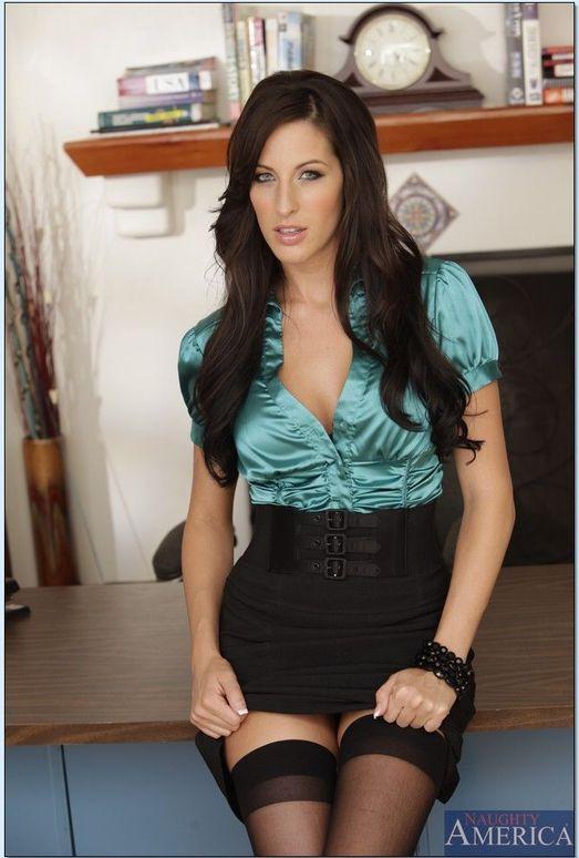 Kortney Kane Housewife 1 On 1