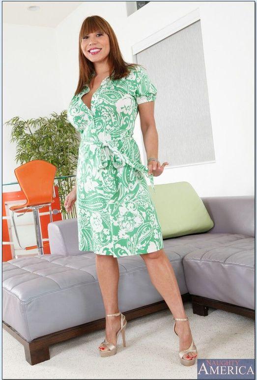 Ava Devine - My Wife's Hot Friend