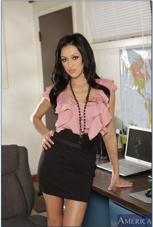 Breanne Benson - Naughty Office