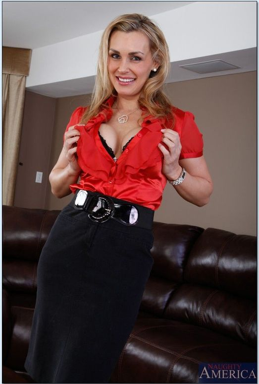 Tanya Tate - Naughty Office