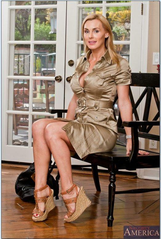 Tanya Tate - My Friend's Hot Mom