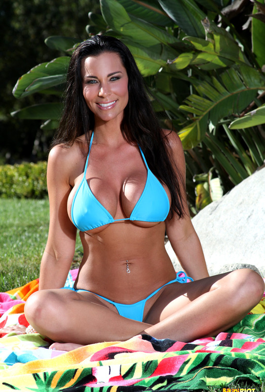Laura Lee - Baby Blue G-string