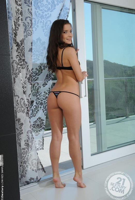 Anita Bellini - 21 Sextury