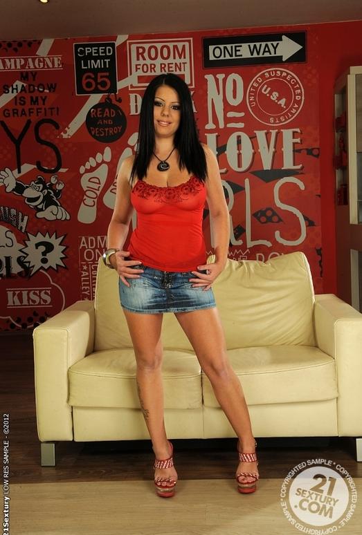 Claudia Hot - 21 Sextury