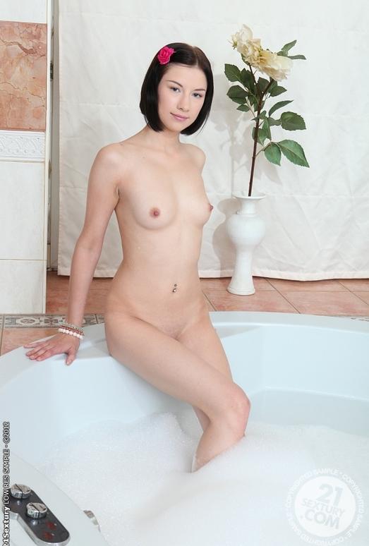 Kira Doll - 21 Sextury