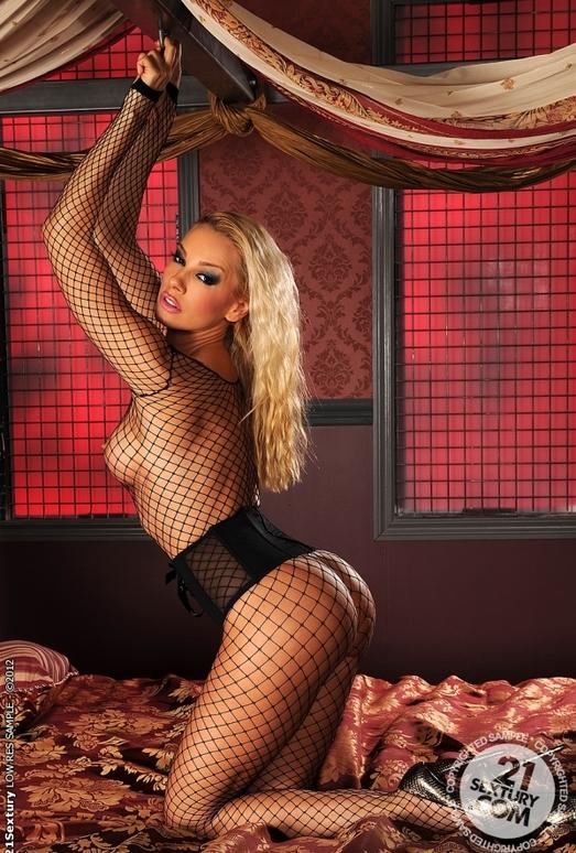 Sandy, Tasha Reign - 21 Sextury