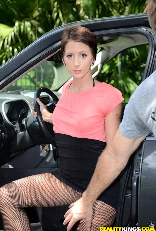 Missy Lee - What A Lady - MILF Hunter