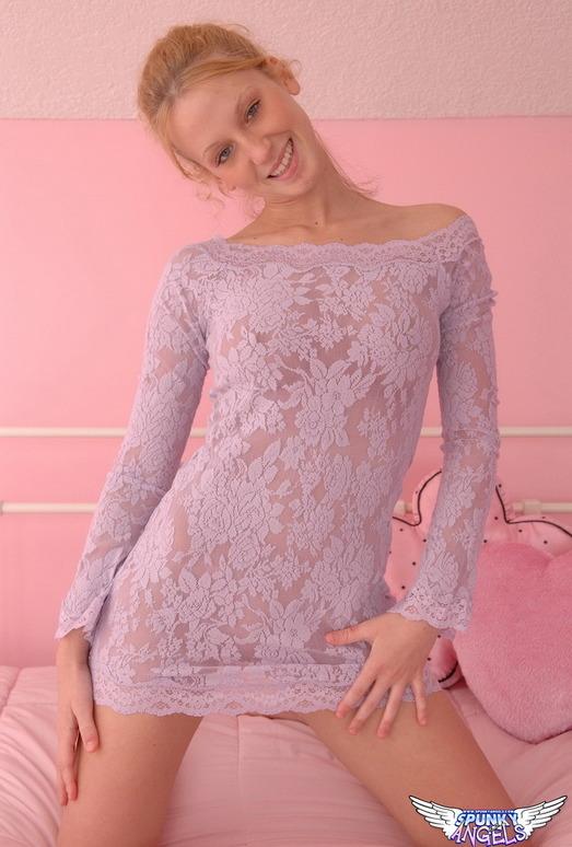 Lucky - Purple Lace - SpunkyAngels
