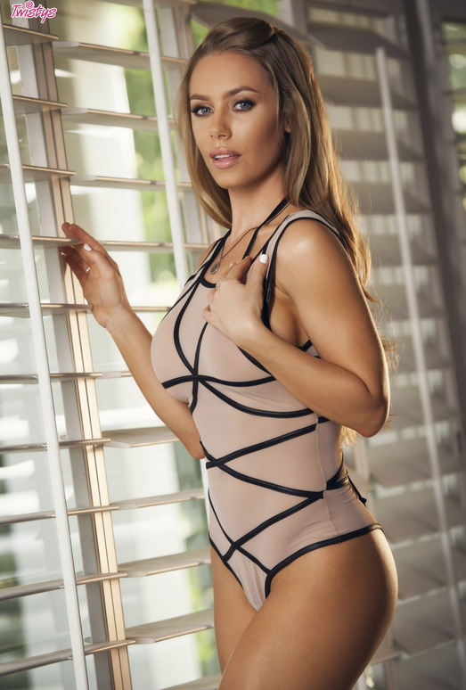 Nicole Aniston Gets Naked And Masturbates By The Window