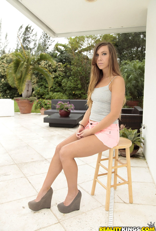 Kaylee Banks - Pussy Keeper - First Time Auditions