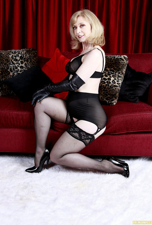 Nina Hartley - Black and Red