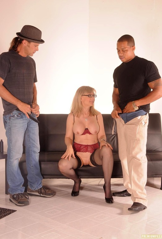 Nina Hartley Gets a 2 on 1