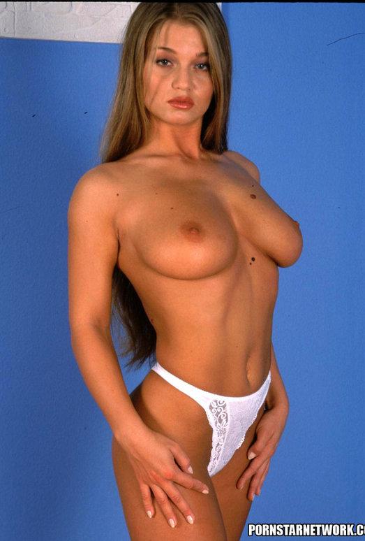 Busty Brunette Babe Rita Faltoyano