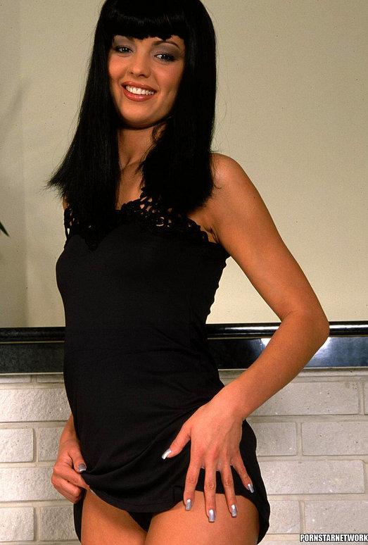 Vanessa - Stunning Brunette Gets Anal