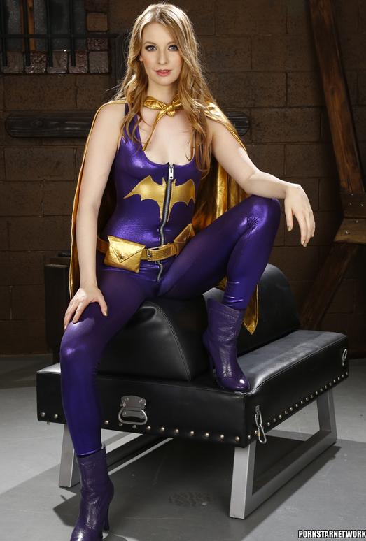 Ela Darling and Nicki Hunter - Naked Superheroes