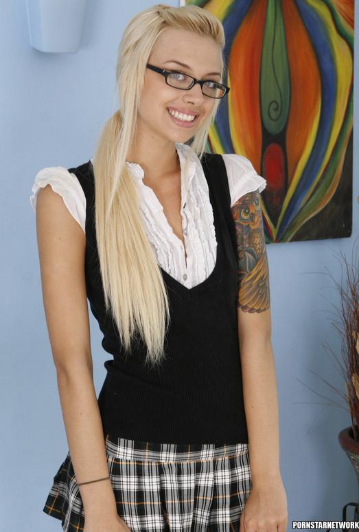 Emma Mae - Flawless Blonde is Irresistible
