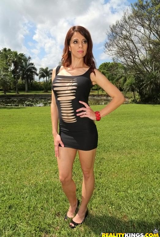 Eva Long - Long And Strong - MILF Hunter