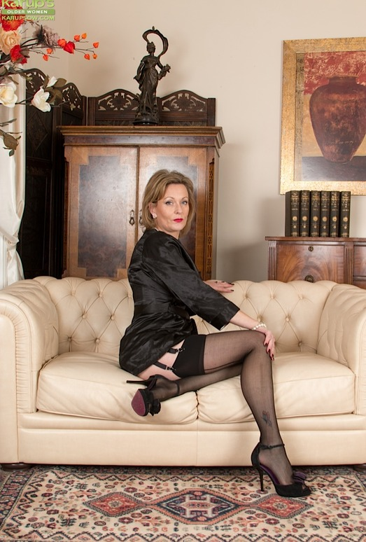 Huntingdon Smyth - Karup's Older Women