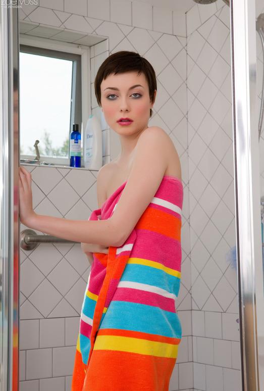 Zoe Voss - Towel