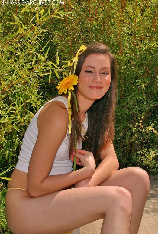 Jassie - Outside Flower