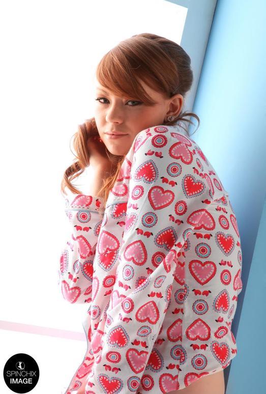 Becky A Pyjamas - Spinchix