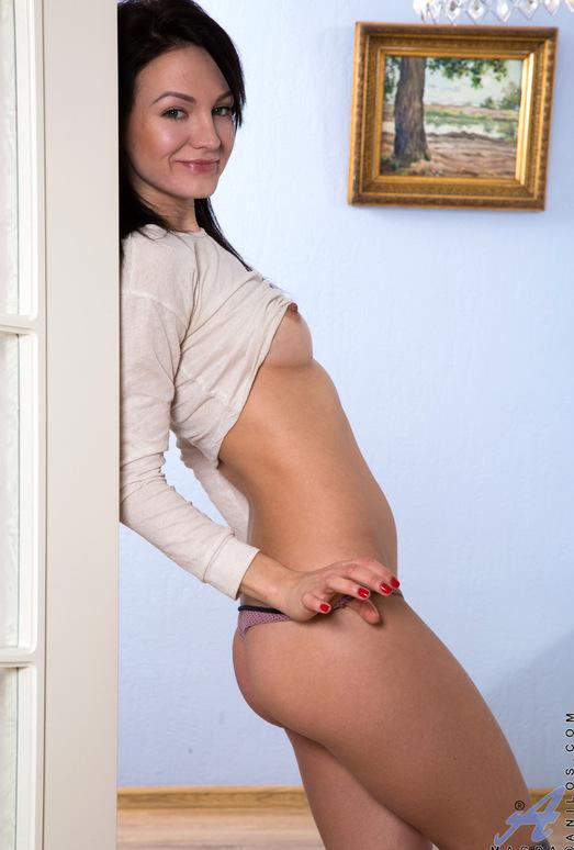 Magda - Toy Orgasm - Anilos