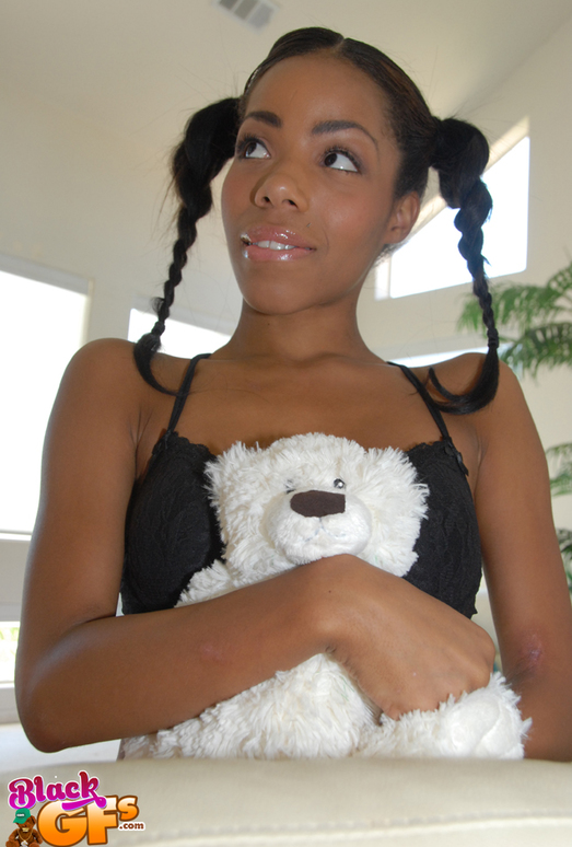 Laurean - Fully Satisfied - Black GFs