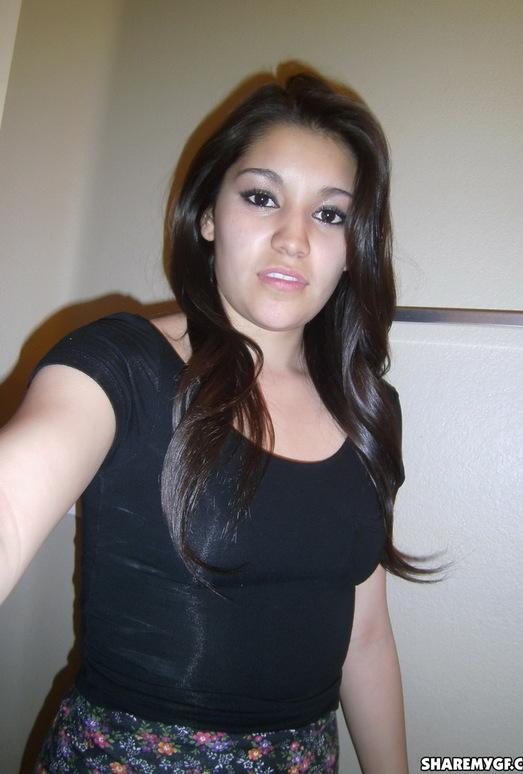 Share My GF - Selena