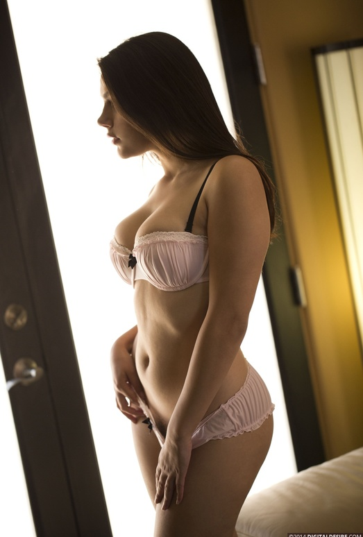Valentina Nappi Keeps Her Panties In Her Mouth