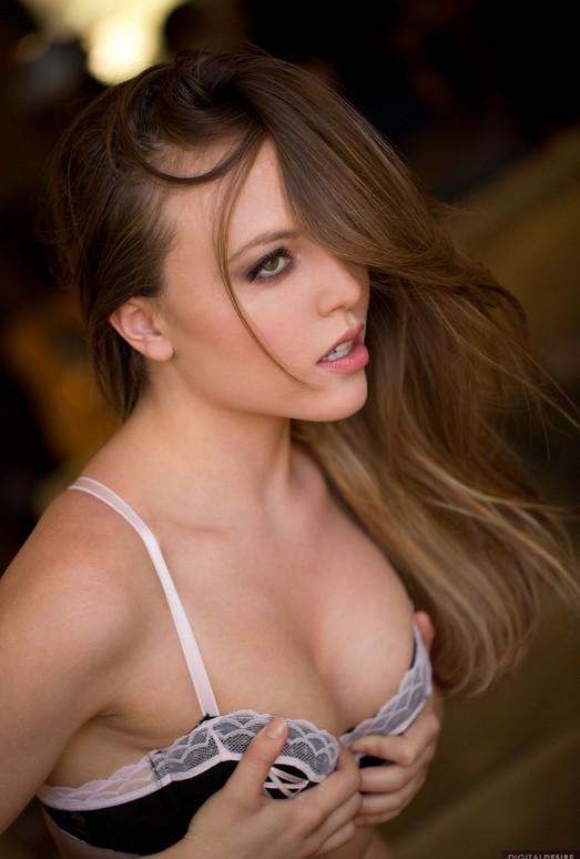 Aubrey Star Rubs Her Breasts