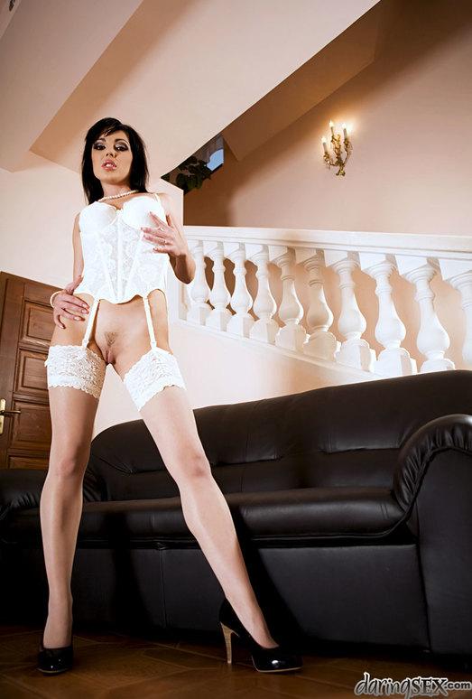 Tina Gabriel, Dillon A - A Leg Fantasy