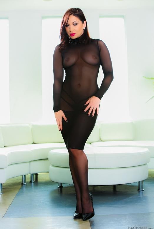 Lea Lexis - Angelic Asses
