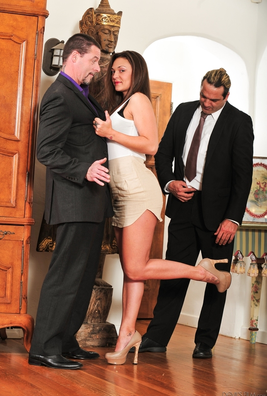 Olivia Wilder, Jack Vegas - Seduced By The Boss Wife #05
