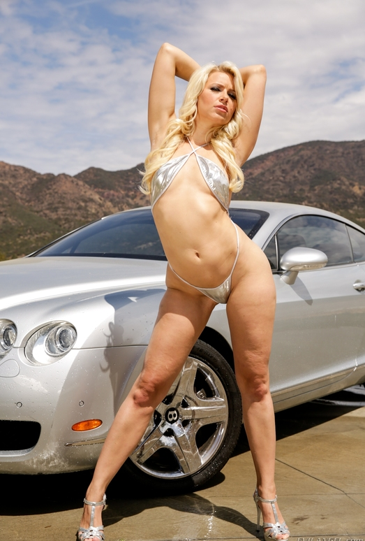 Anikka Albrite - Slutty And Sluttier #19