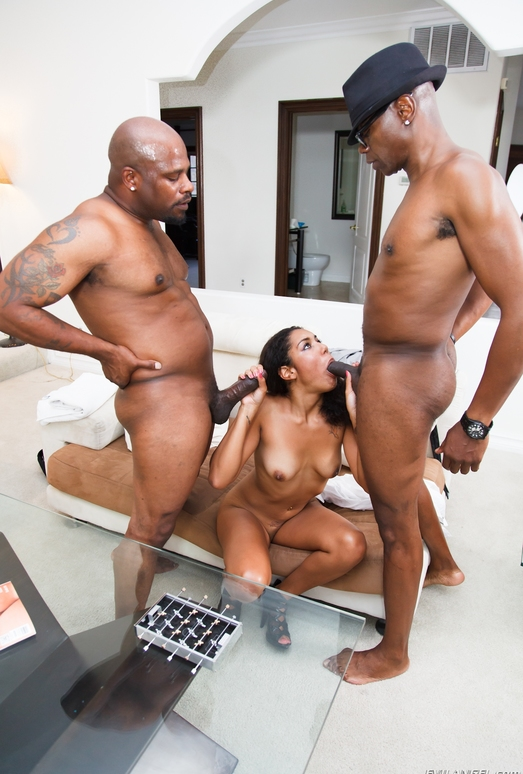 Leah Luxxx, Mr. Marcus - The Black Pack