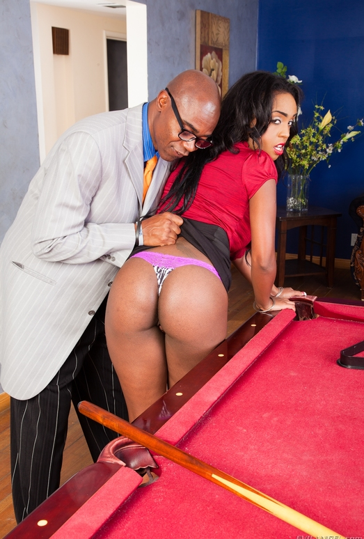 Layton Benton - The Black Pack