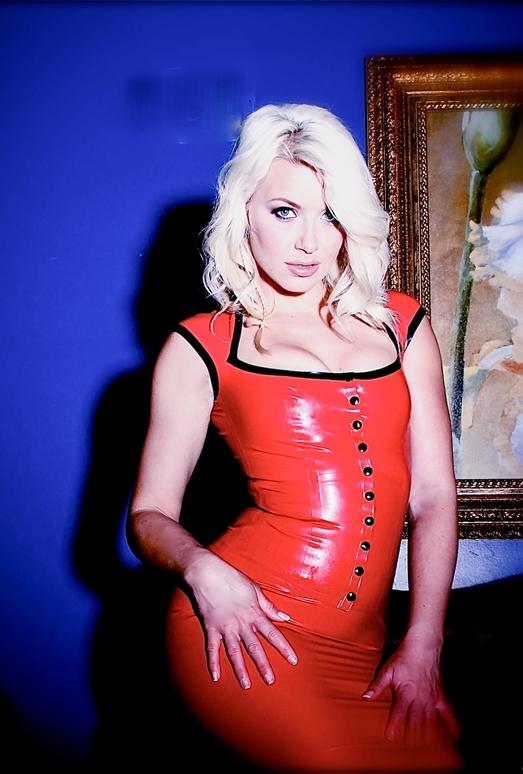 Anikka Albrite - Fetish Fuck Dolls #6