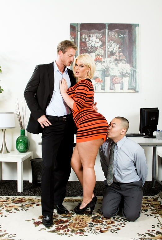 Julie Cash - Mean Cuckold