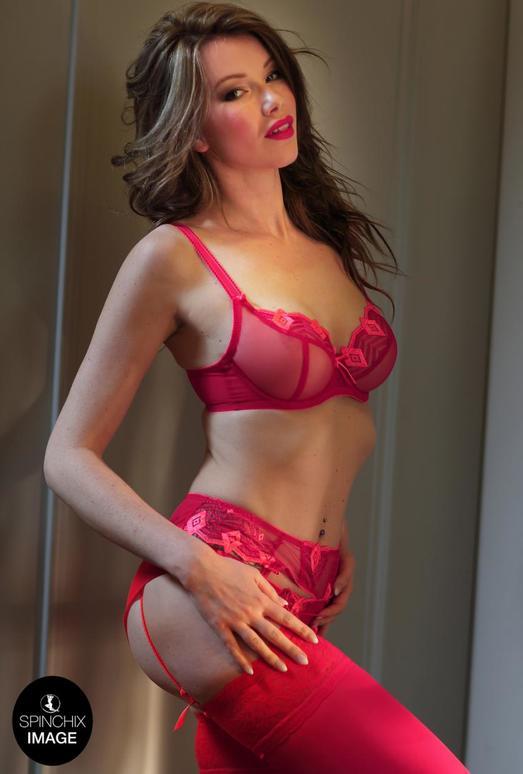 Nicky's Red lingerie romance - Spinchix