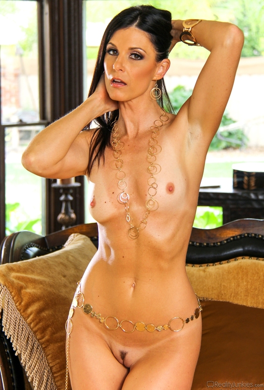 India Summer, Mope - Mom's Cuckold #12