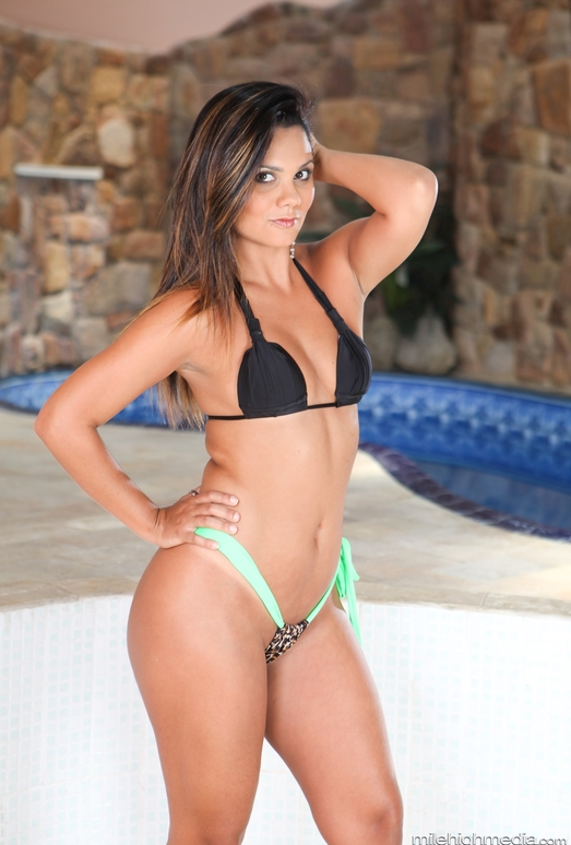 Suzana Rhios - Bad Ass Latinas
