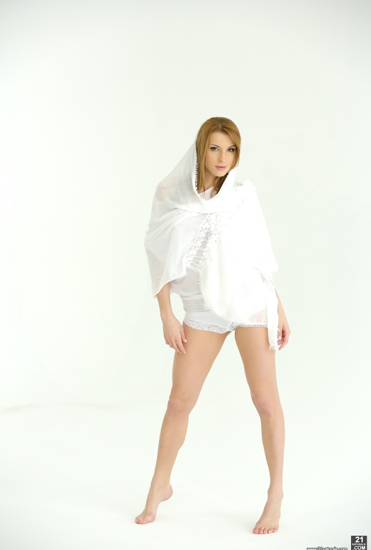 Victoria Daniels, Max Fonda - A Picture Perfect Fuck