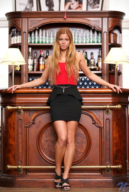 Chrissy Fox - spreading her legs & pussy