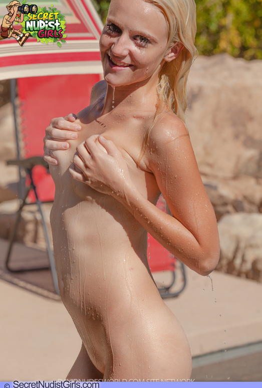 Bathing Outdoors - Juliana - Secret Nudist Girls