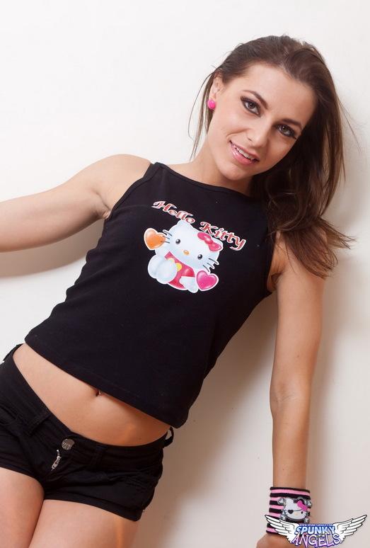 Kyra Mendez - Meow - SpunkyAngels