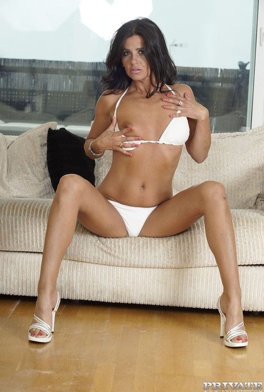 Milf Soraya Rico is a Mum Who Loves Cum - Private