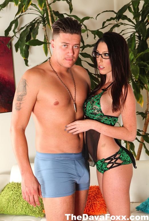 Dava Foxx has hot sex with Bradley Remington